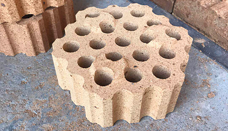 Alumina refractory checker brick